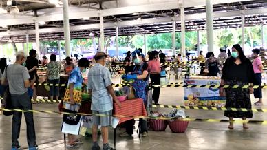 Ang Kaew Market.png