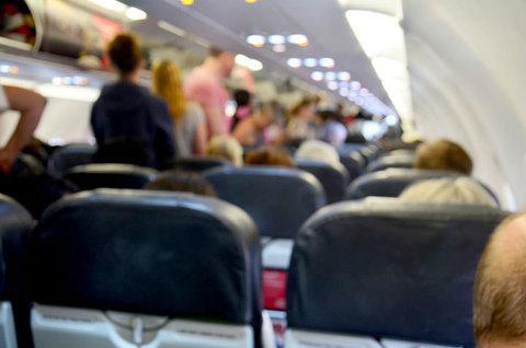 悪臭で飛行機を降ろされた.jpg