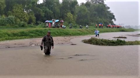 Sansai floods not abating.png