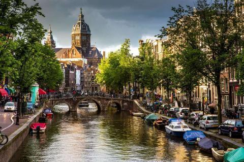 pict-13位 アムステルダム(オランダ).jpg