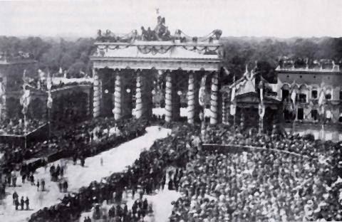 pict-1871年、普仏戦争後のパレード.jpg