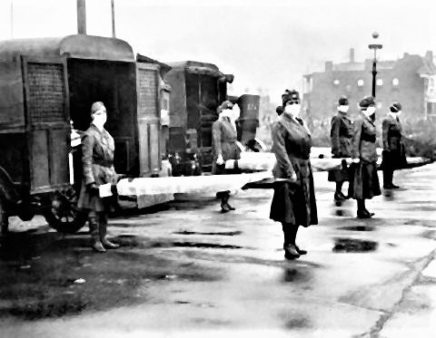 pict-1918年、アメリカのミズーリ州で担架をもつ看護師.jpg
