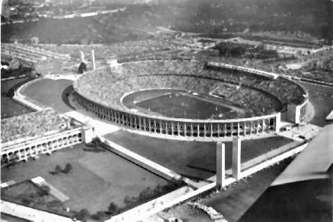 pict-1936年のベルリンオリンピック時のスタジアム.jpg