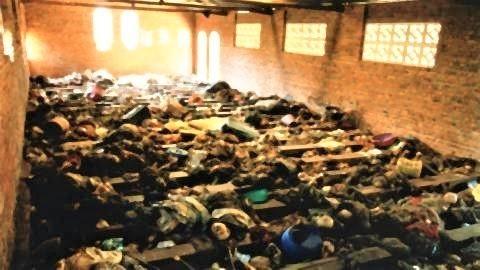 pict-1994年9月、国連がントラマ教会で400人のツチ族の遺体.jpg