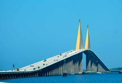 pict-8.-Sunshine-Skyway-Bridge-Florida.jpg