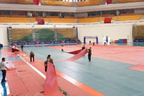 pict-Bangkok Arena turned into field hospital.jpg