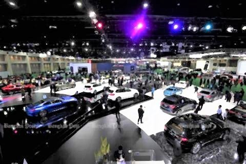 pict-Bangkok motor show.jpg
