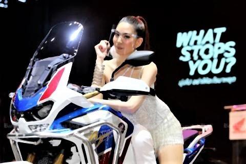 pict-Bangkok motor show 2.jpg