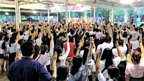 pict-Chiang Mai University students rally.jpg