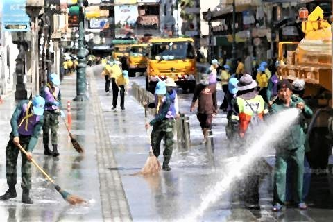 pict-Cleaning Khaosan Road4.jpg