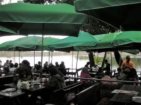pict-DSCN3026ガーレーレストラン.jpg