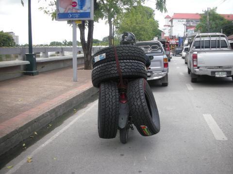 pict-DSCN4118タイヤバイク.jpg