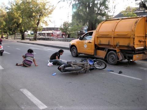 pict-DSCN4794交通事故 (1).jpg