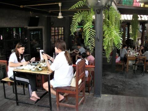 pict-DSCN5405プールレストラン (8).jpg