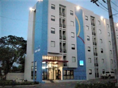 pict-DSCN5695Hop Inn (1).jpg