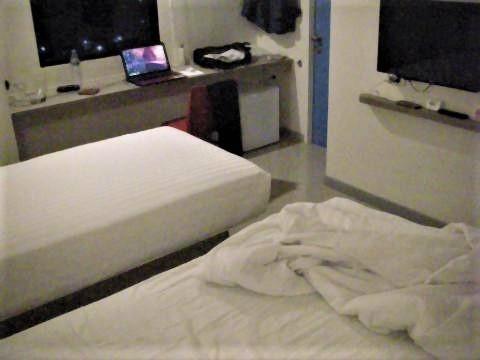 pict-DSCN5695Hop Inn (2).jpg