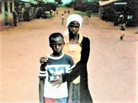 pict-DSCN6358ルワンダの母子 (11).jpg