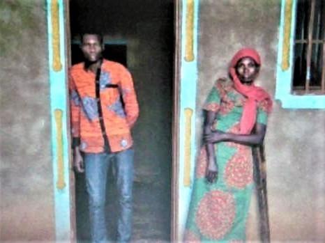 pict-DSCN6358ルワンダの母子 (6).jpg