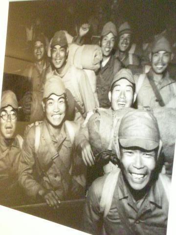 pict-DSCN7635品川駅・解放された兵士1946.jpg