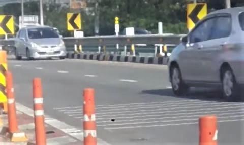 pict-Driving Against Traffic.jpg