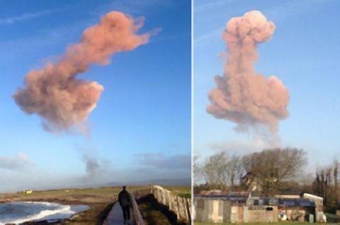 pict-ひわいな形の巨大雲がイギリス.jpg
