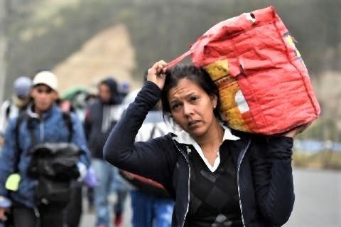 pict-エクアドルのパンアメリカンハイウエーに沿って歩いてペルーを目指す.jpg