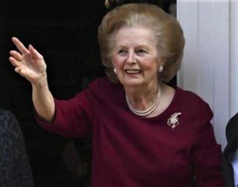 pict-サッチャー元英首相(87)が、脳卒中で死去。写真は退院後、2010年.jpg