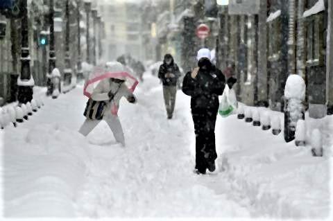 pict-スペインは寒波が道路を凍らせる前に雪.jpg
