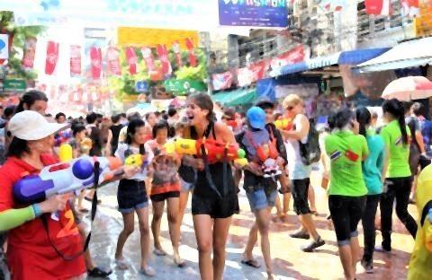 pict-ソンクラーン祭り の水かけ.jpg