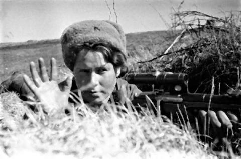 pict-ソ連の女性スナイパー.jpg