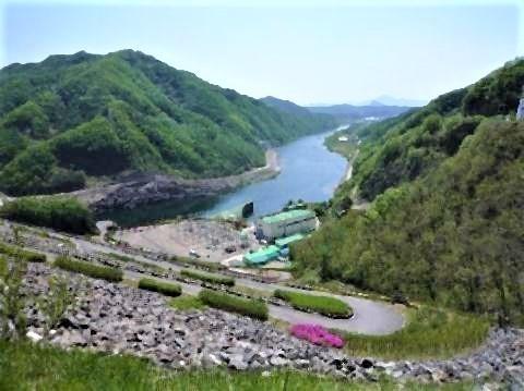 pict-ダムの上から昭陽江を.jpg