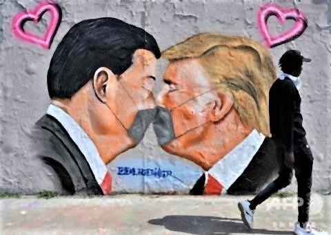 pict-トランプと習近平国家壁画ベルリン.jpg