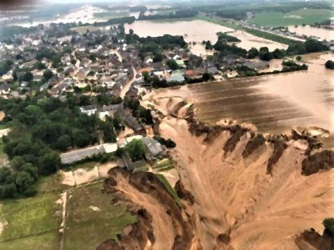 pict-ドイツでヤバすぎる洪水が発生2.jpg