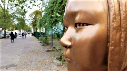 pict-ドイツに3体目の「慰安婦像」設置.jpg