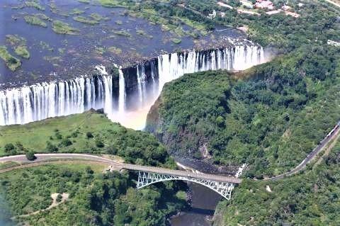 pict-ビクトリアの滝(ザンビア,ジンバブエ).jpg