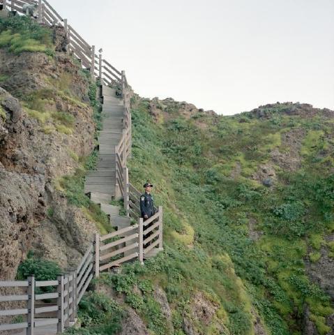 pict-フランス人写真家が見た竹島7.jpg