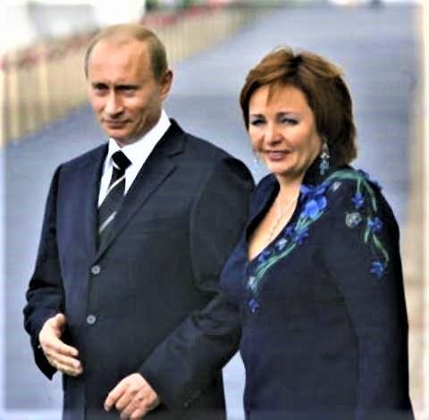 pict-リュドミーラ夫人と2014年に離婚.jpg