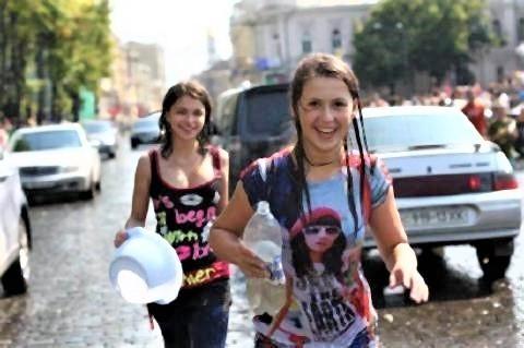 pict-ロシアの中学生の発育がよすぎる4.jpg