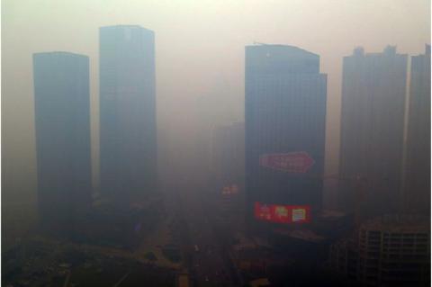 pict-中国「過去最悪」の大気汚染瀋陽市.jpg