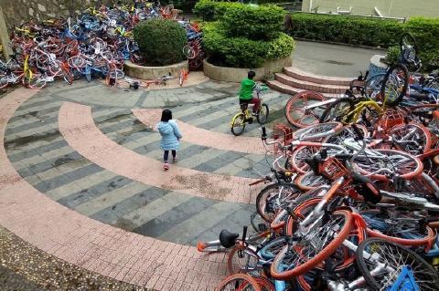 pict-中国のシェア自転車3.jpg