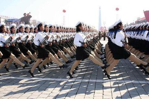 pict-北朝鮮軍事パレード10.jpg