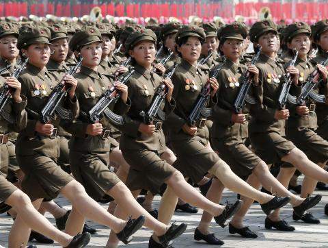 pict-北朝鮮軍事パレード15.jpg