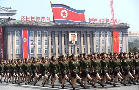 pict-北朝鮮軍事パレード22.jpg