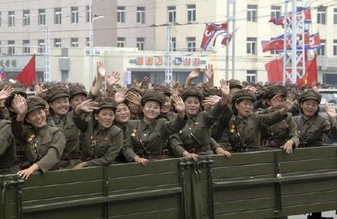 pict-北朝鮮軍事パレード24.jpg