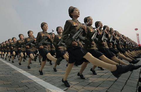 pict-北朝鮮軍事パレード6.jpg