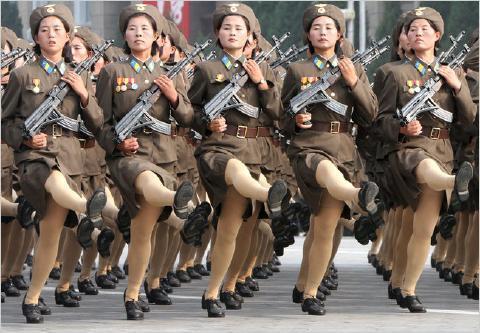 pict-北朝鮮軍事パレード8.jpg