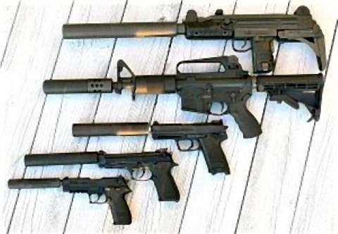 pict-各種銃器に取り付けられたサプレッサー.jpg