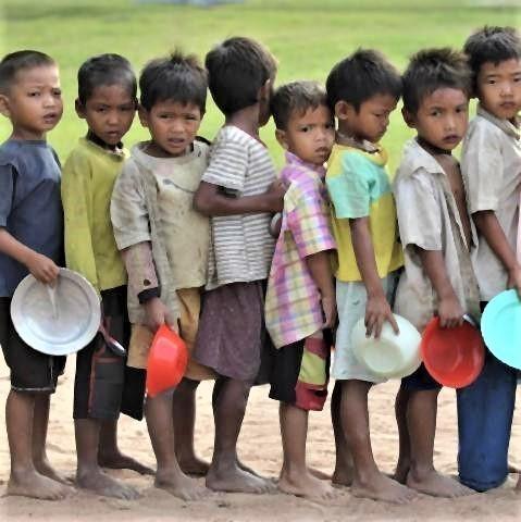 pict-国連WFP 世界食料デーキャンペーカンボジア.jpg