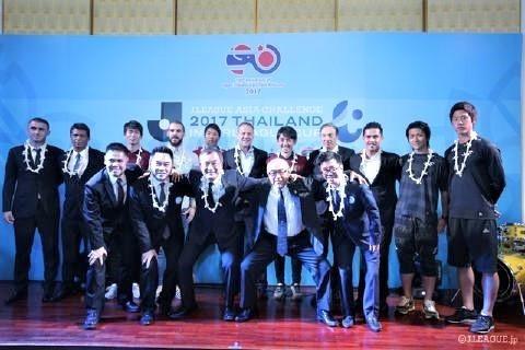 pict-在タイ日本大使公邸でレセプションパーティーアジアチャレンジ.jpg