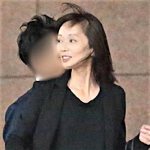 pict-女優の葉月里緒奈が3度目の結婚.jpg